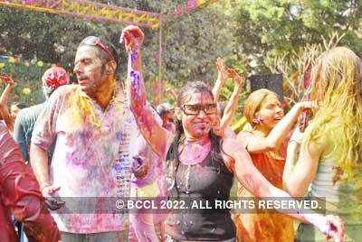 Vineet Jain's Holi Party 2008 -8