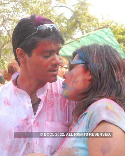 Vineet Jain's Holi Party 2008 -7