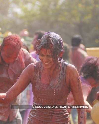 Vineet Jain's Holi Party 2008 -19