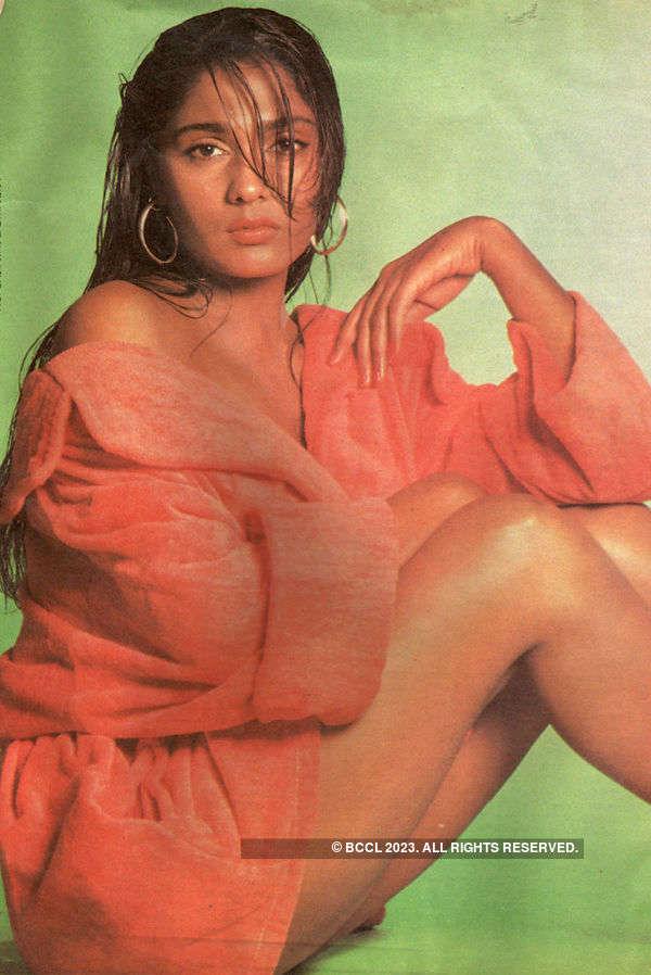 Anu Agarwal In Bikini