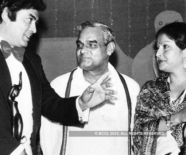 Memorable Moments of Filmfare Awards: A Flashback