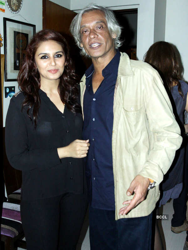 Sudhir Mishra's b'day party