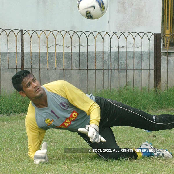 Subrata Paul signs contract with FC Vikings