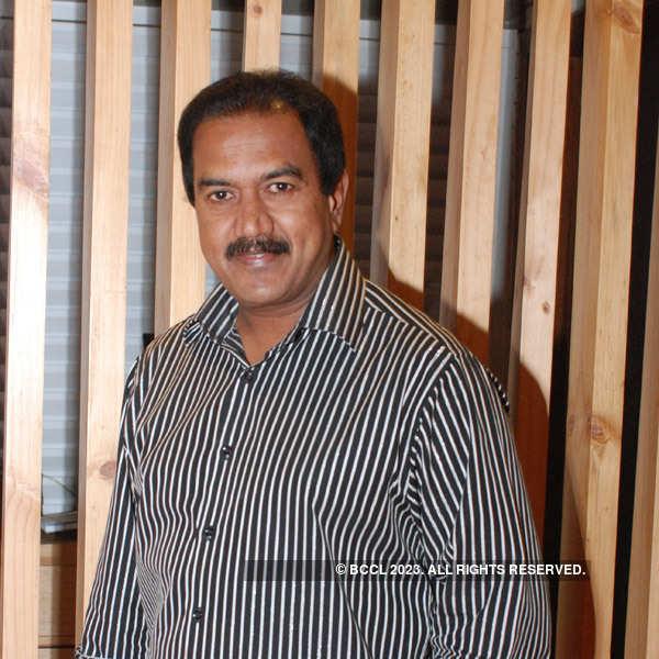 Dr Ravichandra Bellam-Sasikala's wedding anniversary