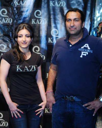 Soha unveils Kazo's collection