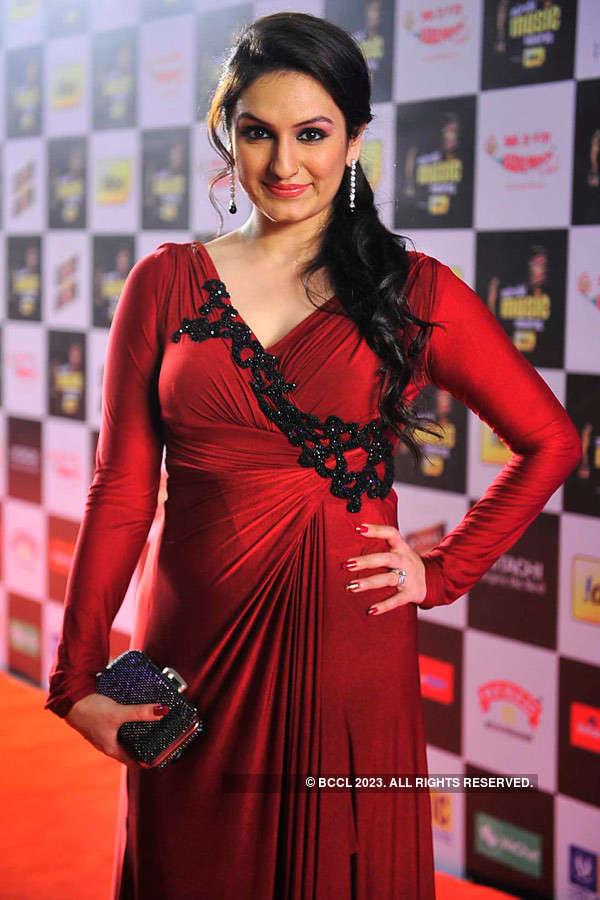 Mirchi Awards '14 - Red Carpet