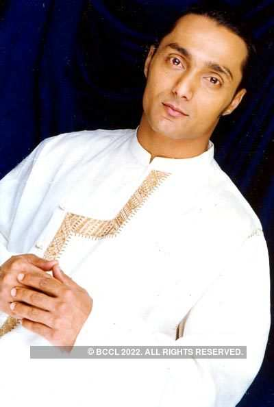 Rahul in traditionals