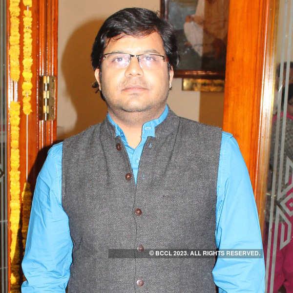 Marathi play Hasva Fasvi in Nagpur