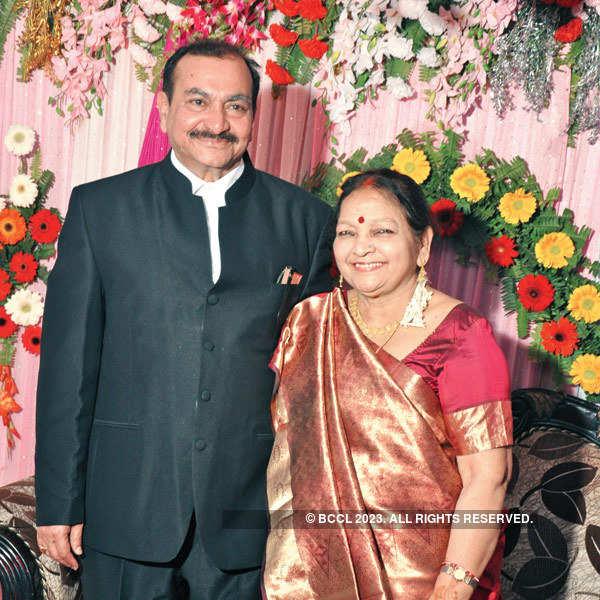Sneh-NP Singh's 50th wedding anniversary