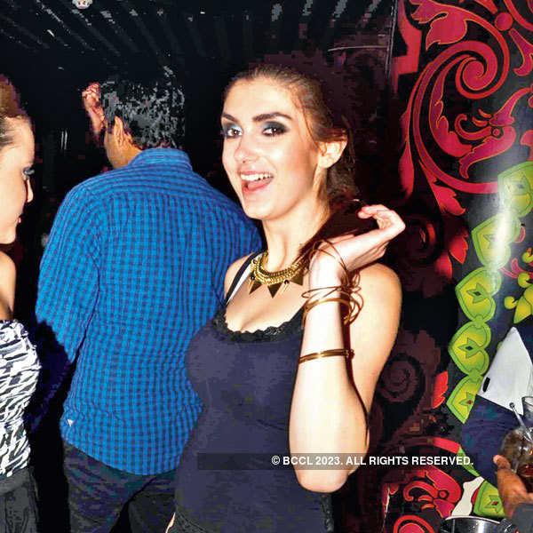 Ladies' night at Urban Knights in Delhi