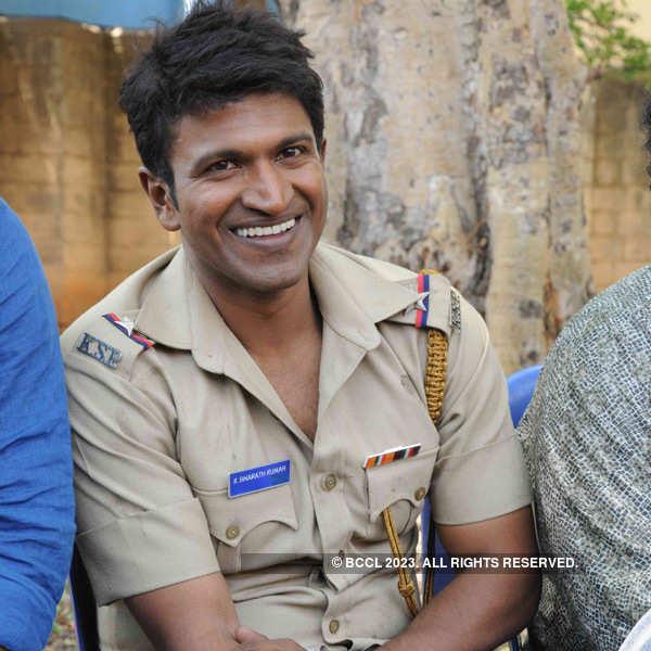 Puneeth Rajkumar celebrates birthday