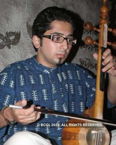 Iraninan band concert