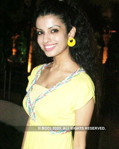 Pooja's b'day bash