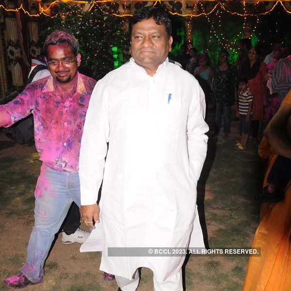 Dr Avinash Banait's holi bash