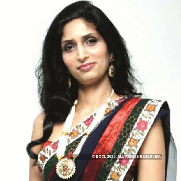 Riyaz, Reshma Gangji's show in Mumbai