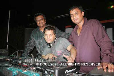 D club party
