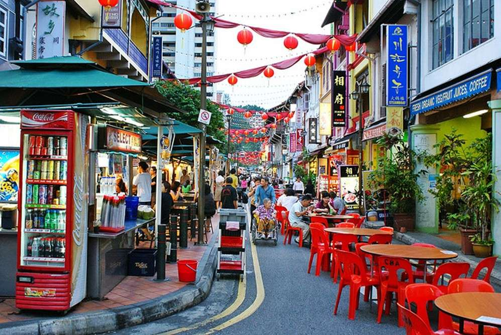 Shopping in Singapore for versatile shoppers