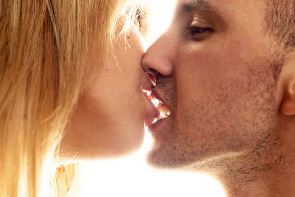 8 Super Ways To Turn A Good Kisser The Times Of India