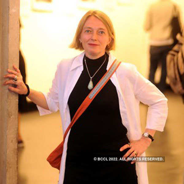 Photography exhibition by Marie-Caroline Senlis