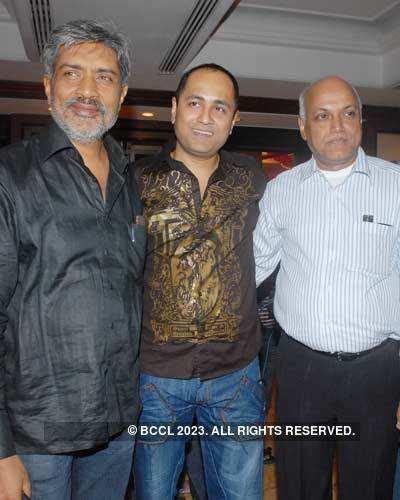 Success Party: Singh......
