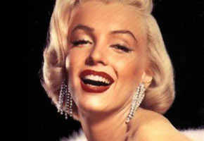 Marilyn Monroe's earrings auctioned off for $185,000
