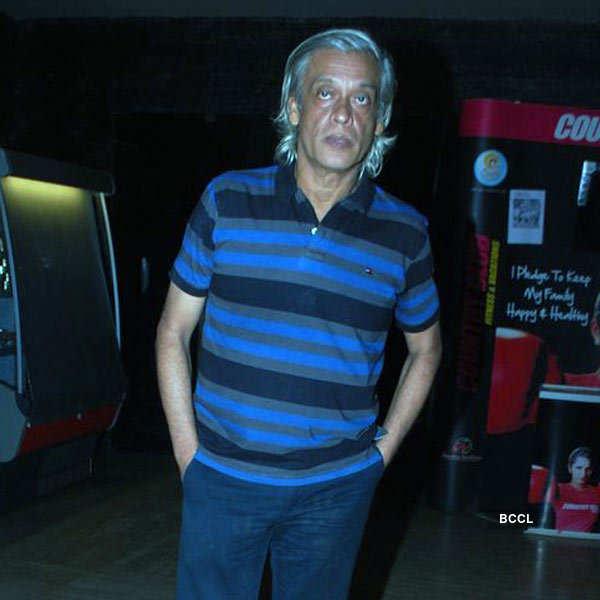 Kya Dilli Kya Lahore: Premiere