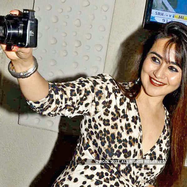 Bollywood Karaoke night at Aquarium