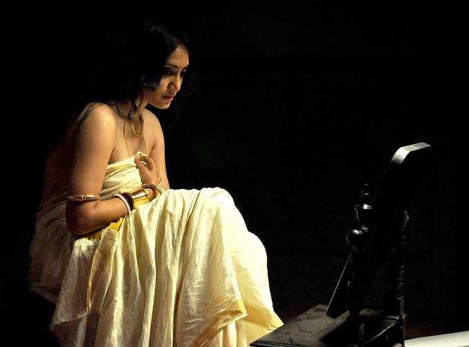 Sayantani Nandi (29)
