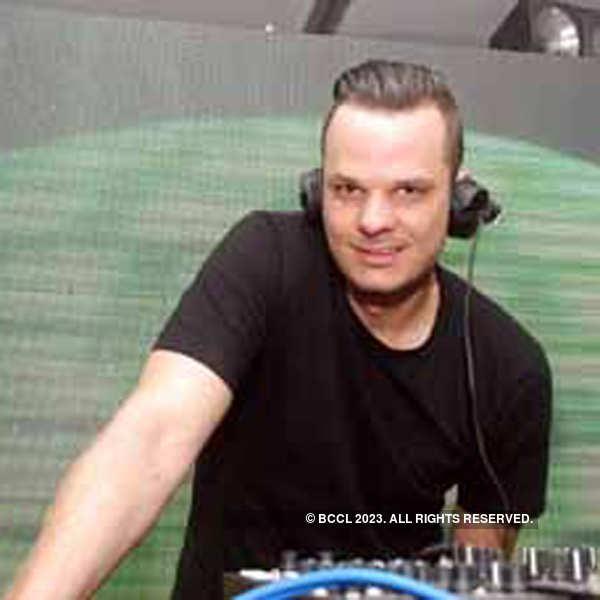 DJ Monoloc gets Bangalore grooving