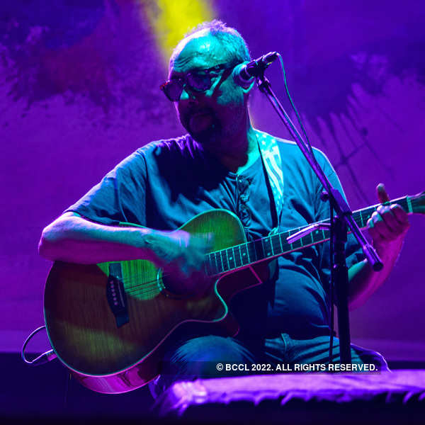 Dutta Trio performs at Jadavpur University