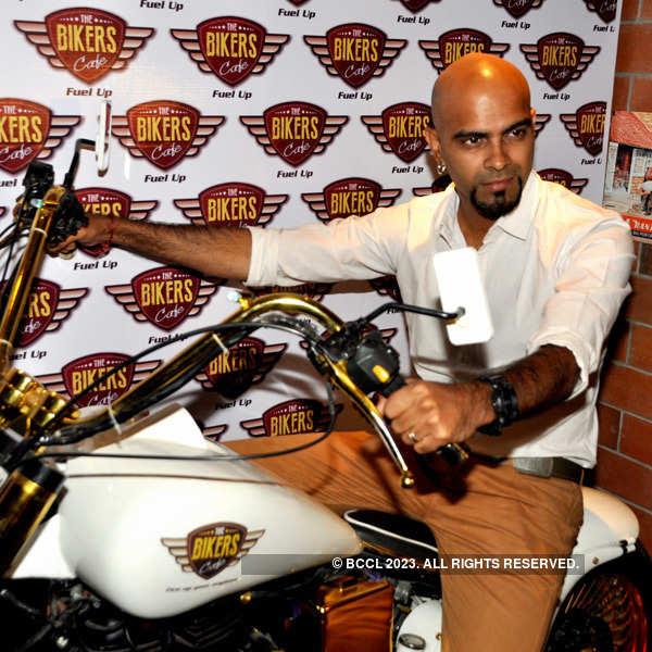 Raghu Ram at Biker's Cafe