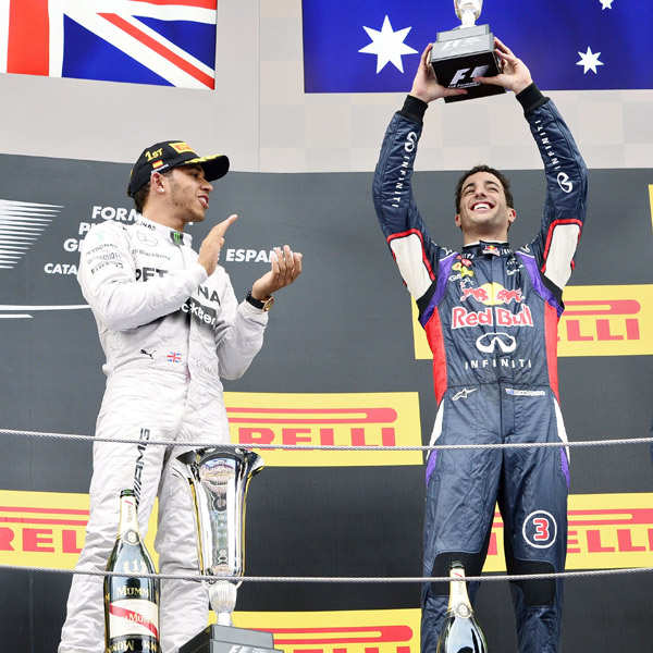 Hamilton wins at Spanish GP