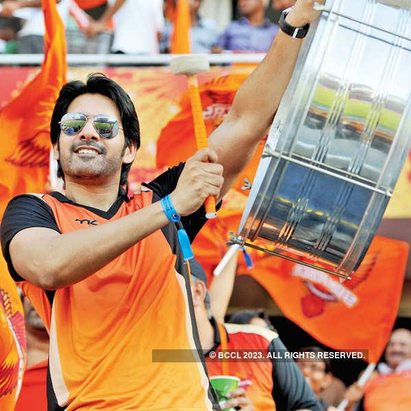 Celebs watch IPL