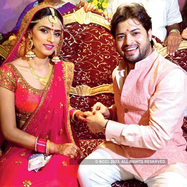Manish Tripathi-Aditi Sharma's ring ceremony
