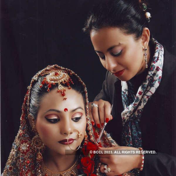 Vanya Mishra at Cleopatra's fashion show