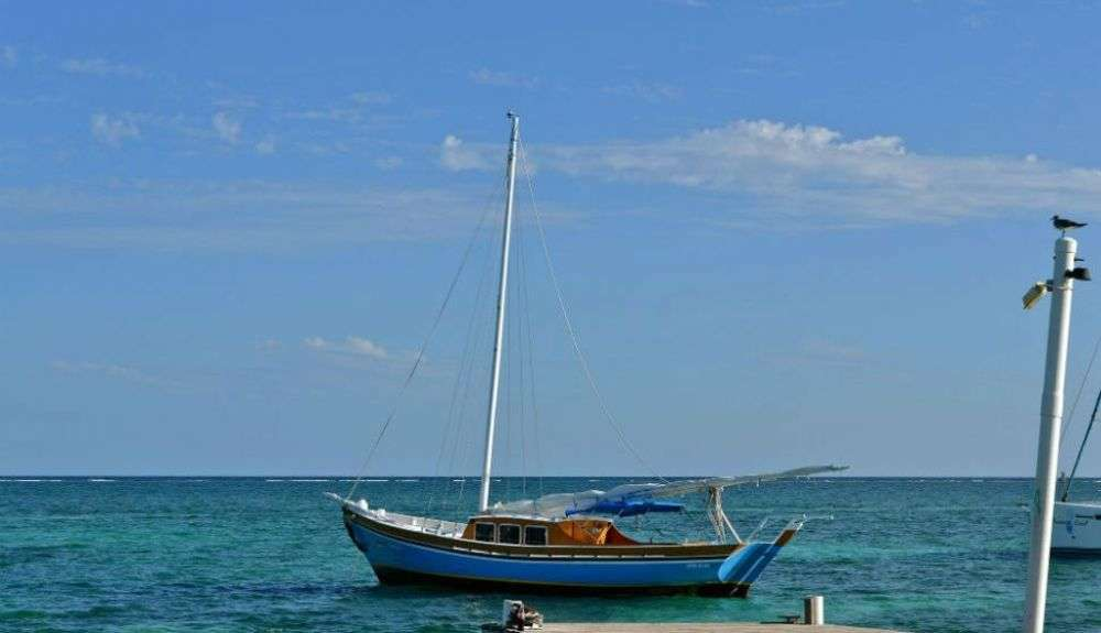 The truly remarkable Belize sail