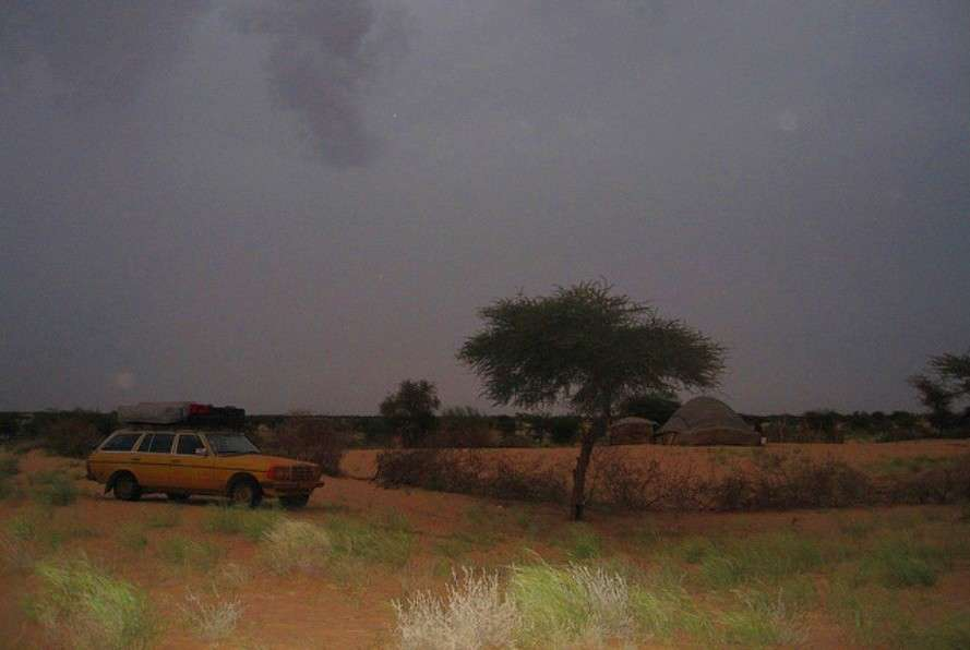 Camping with Saharan nomads