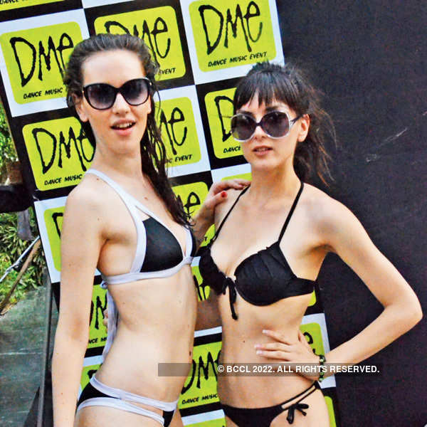 DME Pool Party