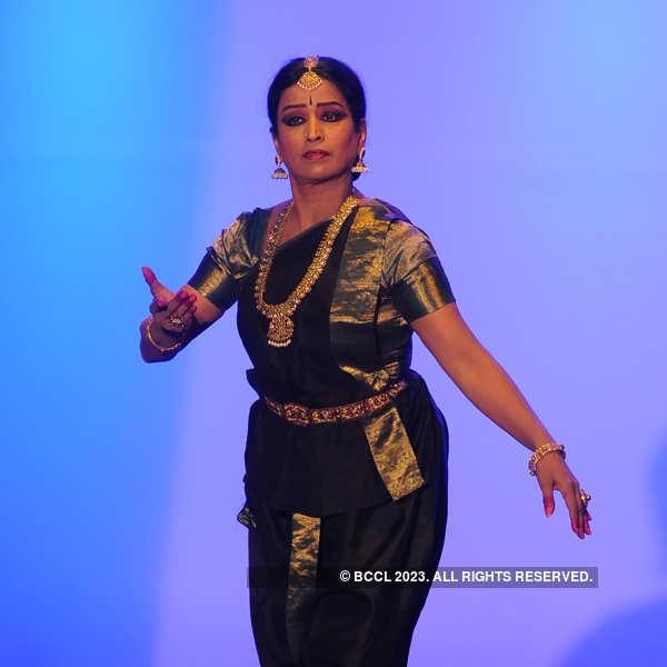 Rajeswari Sainath's dance performance