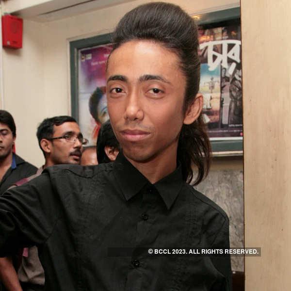 Shesh Boley Kichu Nei: Premiere