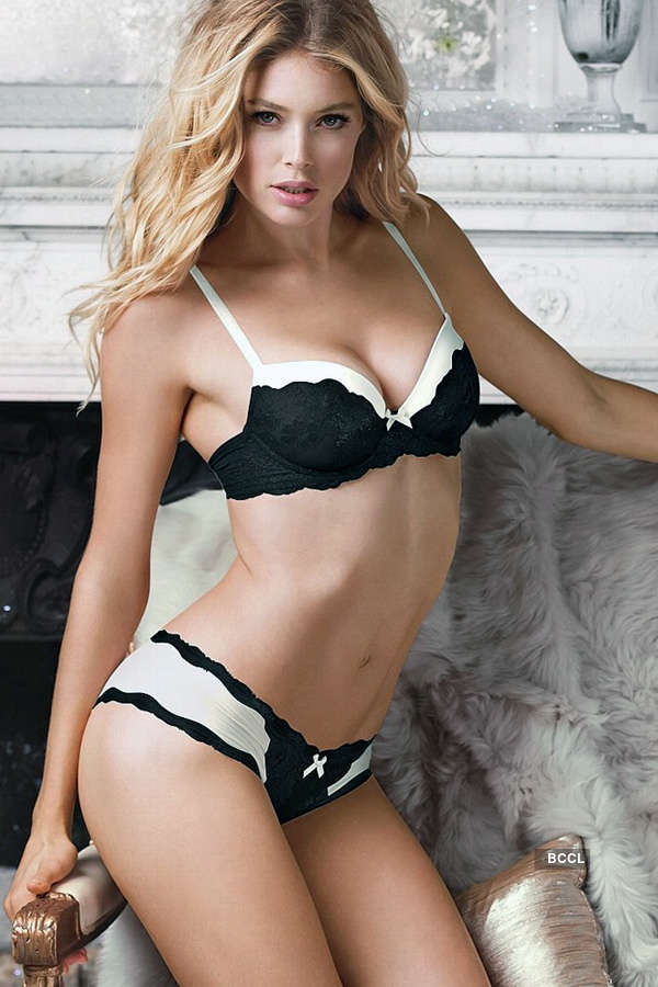 Supermodels in bikini!