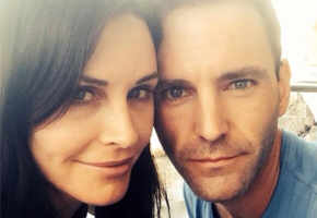 Courtney Cox engaged to rocker Johnny McDaid