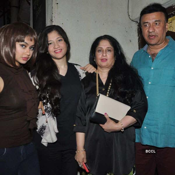 Celebs watch Lekar Hum Deewana Dil