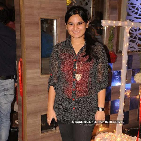 Manish, Neelam's 25th wedding anniversary
