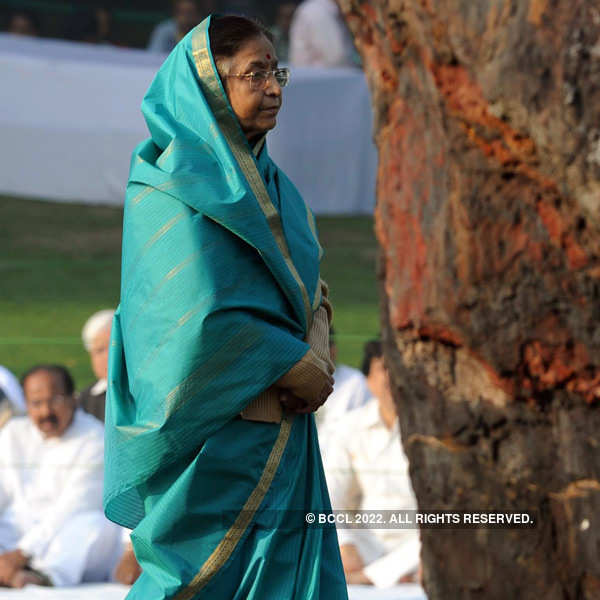 Pratibha Patil's brother named in murder case