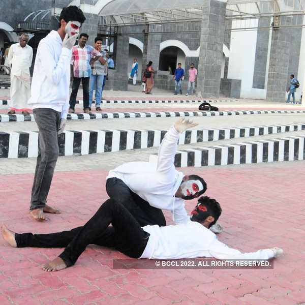 Students perform mime for a cause