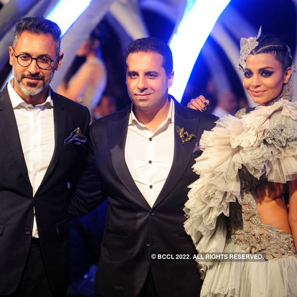 Shantanu and Nikhil's Autumn Winter Couture show