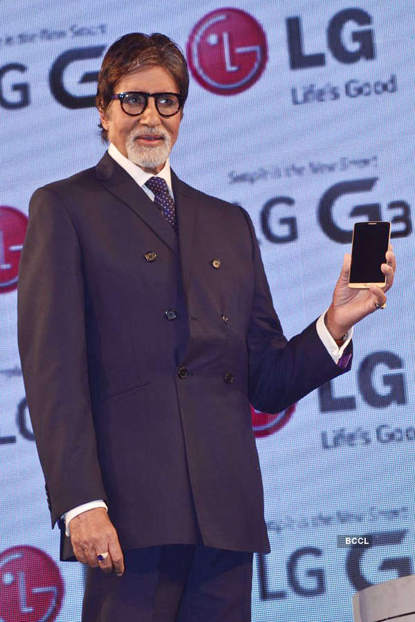 Amitabh at a mobile launch