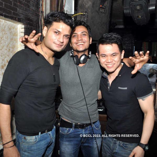 Party at Underground