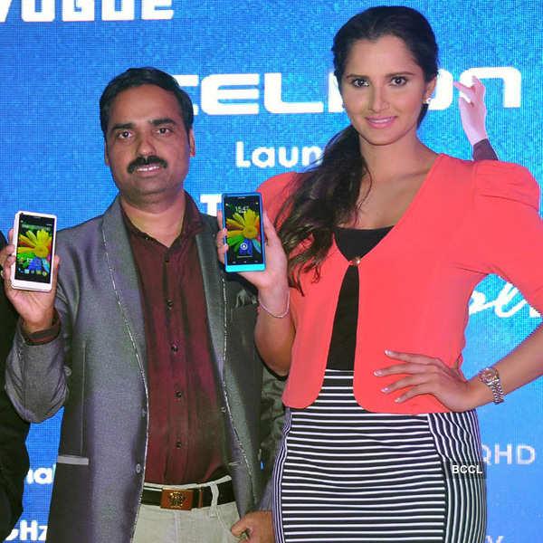 Sania launches Celkon mobiles
